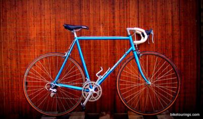 Picture of road bike with 27 x 1 1/4