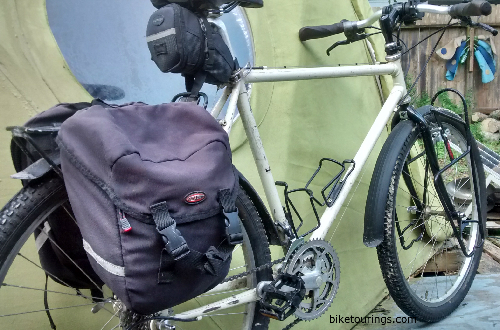 Picture of Delta Compact Panniers for bike commuting