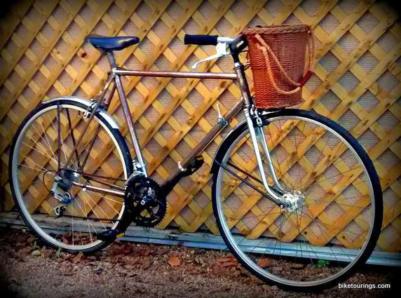Picture of commuter bike with home made bike basket