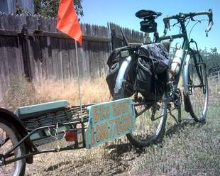 Picture of single wheel bicycle cargo trailer