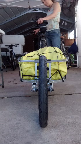 Picture of properly repaired single wheel bike trailer