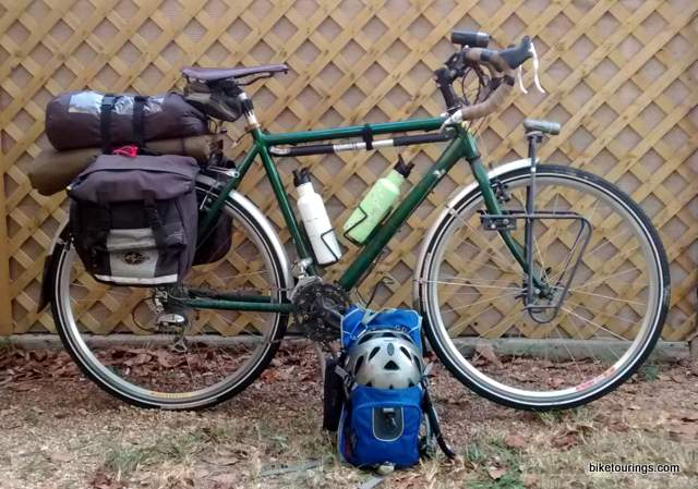 Picture of touring bike with small pack kit