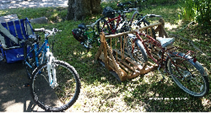 Picture of bicycles and wood pallet bike parking rack