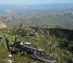 Picture of mountain biking on trail in Sicily