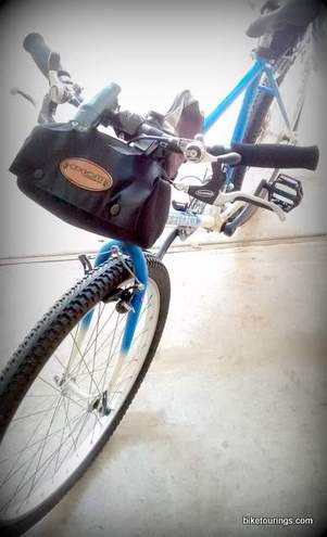Picture of Handlebar Bag for Bike Commuting