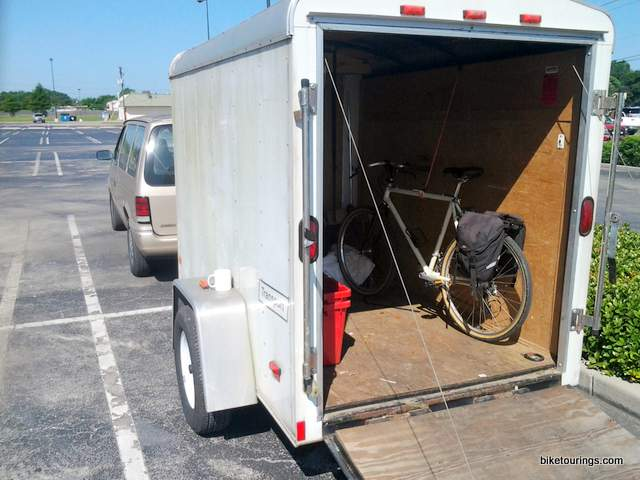 Picture of commuter bike in cargo trailer for work