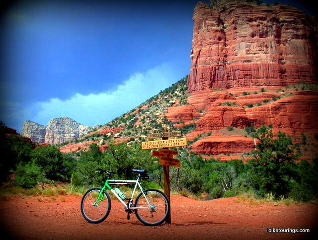 Picture of vintage Scott mountain bike on mountain bike trails near Bell Rock, Sedona, AZ