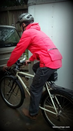 Picture of bike commuter wearing Levi's Men's Commuter Series Parka
