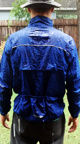 Picture of rain on bike jacket cycling apparel