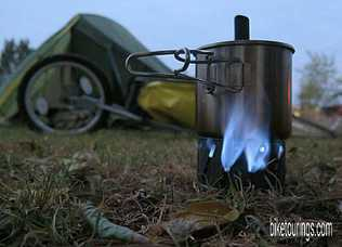 Picture of bike camping while bicycle touring with cook kit