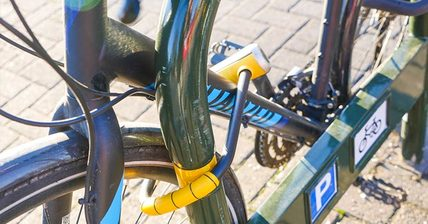 Picture of bike for bicycle commuting using bike lock properly