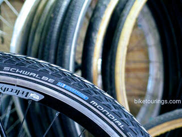 Picture of Schwalbe Marathon Mondial for bicycle touring, bike packing and bike commuting